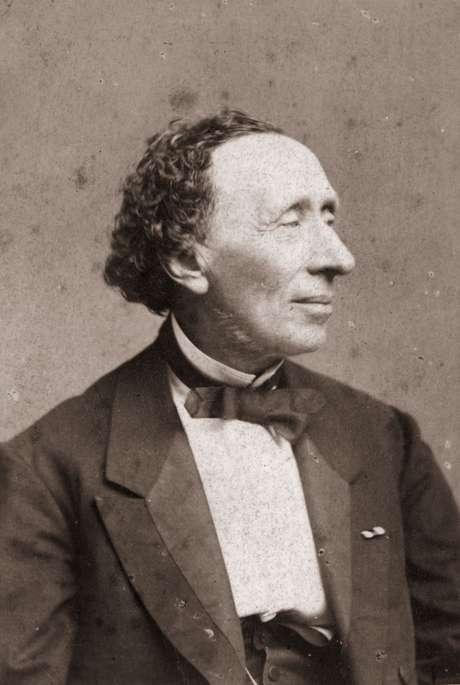 Dia 2 de abril foi escolhido como o Dia Internacional do Livro Infantil em homenagem ao nascimento de Hans Christian Andersen
