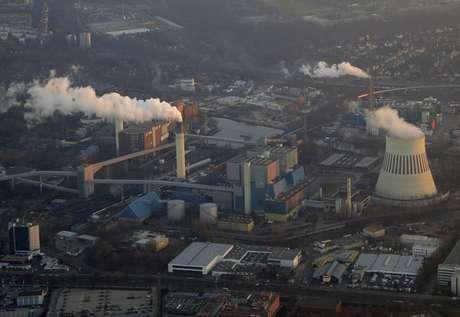 <p>Após o acidente no Japão, a Alemanha decidiu desativar as suas centrais nucleares</p>