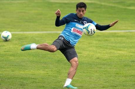 <p>Ricardo Osorio, jugador de Rayados</p>