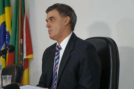 Juiz Ulysses Fonseca Louzada aceitou a denúncia na íntegra do Ministério Público contra os oito responsabilizados pelo Ministério Público do RS pelo incêndio na boate Kiss