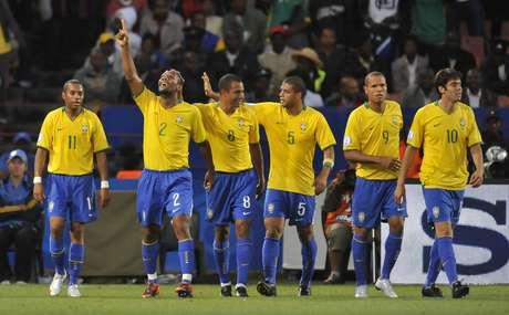 <p>Brasil es uno de los cinco campeones que ha tenido la Copa Confederaciones a los largo de su historia, el cuadro amazónico también es el único tricampeón del torneo, su último título vino gracias a un triunfo cerrado 3-2 ante Estados Unidos en Sudáfrica 2009.</p>