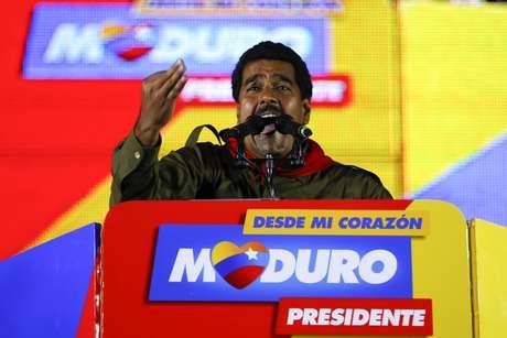 <p>Maduro también acusó a dos exfuncionarios del gobierno de Estados Unidos de ser parte del supuesto complot.</p>