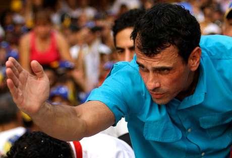 <p>La encuesta dada a conocer por la campaña de Capriles fue realizada por la firma Datamatica.</p>