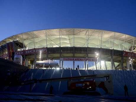 <p>A Arena Fonte Nova recebe seus últimos ajustes antes de receber o clássico Bahia x Vitória neste domingo, em partida que marcará sua reabertura oficial</p>