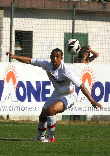 Jogador trabalhou com Jorginho no Figueirense