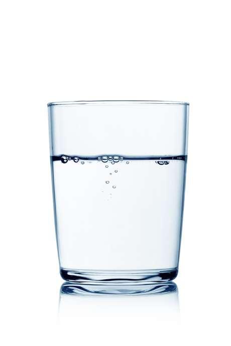 <p>O melhor jeito de prevenir é ingerir, nio mínimo, 2 litros de água por dia</p>
