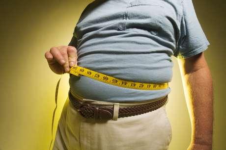 Las personas con sobrepeso producen citoquinas, que son proteínas con propiedades inflamatorias