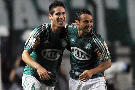 <p>Com gol de Charles, o Palmeiras segurou o Libertad dentro de casa, venceu por 1 a 0 e garantiu vaga nas oitavas de final da Copa Libertadores na noite desta quinta-feira; veja</p>