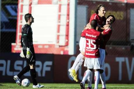 <p>Forlán marcou dois gols na goleada sobre o Juventude neste domingo</p>