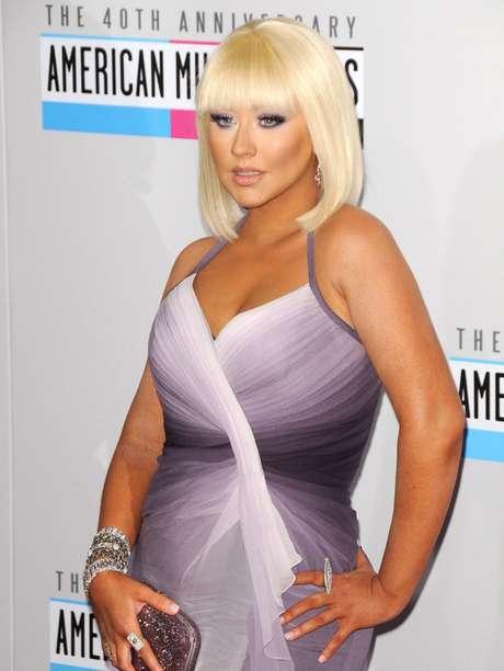 <p>Christina Aguilera unirá su voz a la de Alejandro Fernández para el tema de 'La Tempestad'.</p>