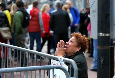 <p>Muchos se mostraron desconsolados ante la noticia. Personas se acercaron al lugar y no contuvieron el llanto al ver a muchos deportistas heridos o al no saber dónde estaban recluidos sus familiares.</p>