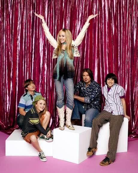 <p>Miley Cyrus se hizo famosa por su papel de estrella del rock en Hanna Montana.</p>