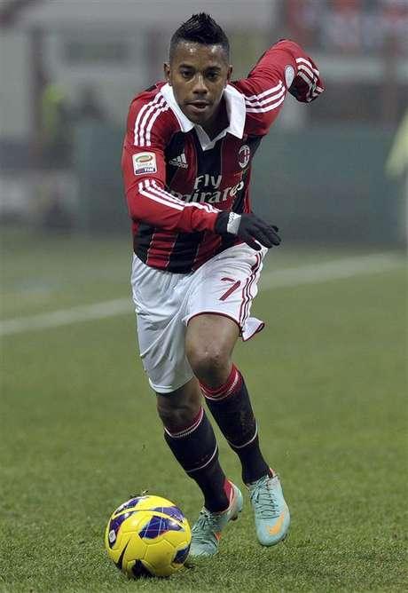 <p>Robinho deve ficar no Milan por causa doaltosalário</p>