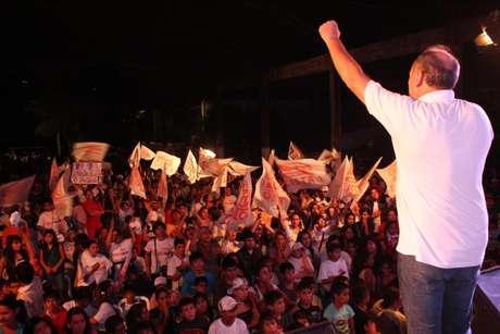 <p>Ferreiro defende uma reforma constitucional no país para evitar um novo 'golpe parlamentar'como o que derrubou o presidente Fernando Lugo</p>