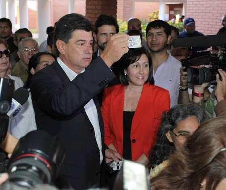 <p>Alegre votou logo cedo</p>