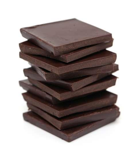 Chocolate amargo produz mesma toxina que suco de beterraba e pode ajudar no desempenho atlético