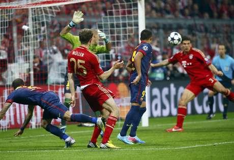 <p>Jogando na Alemanha, Bayern de Munique venceu catalães por 4 a 0</p>