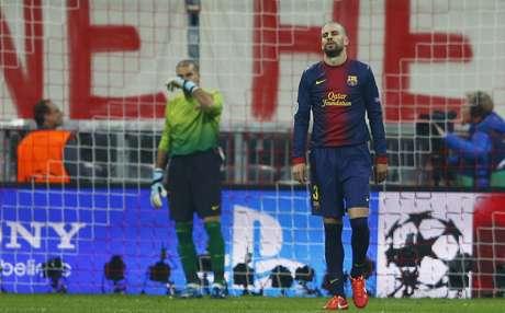 <p>Piqué lamenta mais uma falha do Barcelona pelo alto durante goleada</p>