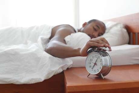 <p>O estudo dinamarquês descobriu que homens que dormem pouco produzem, em média, 30% menos espermatozoides</p>