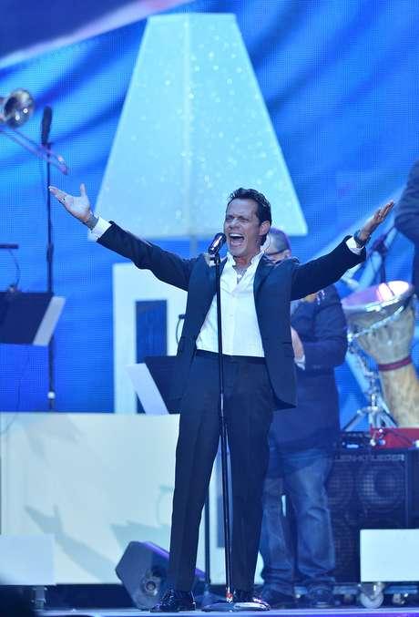 """<p>Marc Anthony hizo el debut en vivo de su nuevo hit """"Vivir mi vida"""", sobre la tarima Premios Billboard a la Música Latina 2013, realizados el 25 abril desde el BankUnited Center de la Universidad de Miami.</p>"""