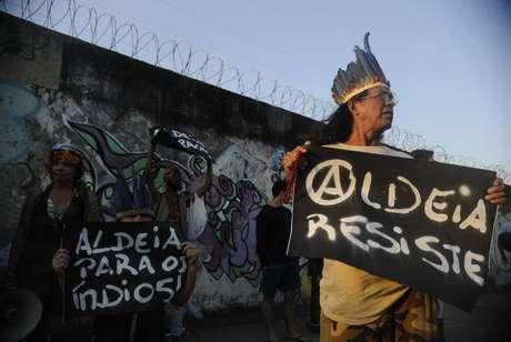 Um grupo de mulheres indígenas ocupou o prédio do antigo Museu do Índio, ao lado do Estádio Jornalista Mário Filho, o Maracanã, na zona norte do Rio de Janeiro