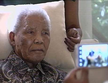 <p>A última imagem do ex-presidente sul-africano foi exibida em abril pela TV pública do país</p>