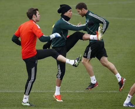 Cristiano Ronaldo treina e vai enfrentar Borussia Dortmund