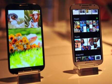 <p>Versão mini do Galaxy S4 teria tela de 4,3 polegadas, contra as 5 do topo de linha da Samsung</p>