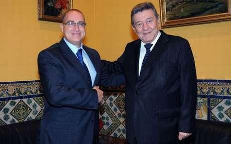 <p>El vicecanciller ecuatoriano Marco Albuja y el ministro de RR.EE de Perú Rafael Roncagliolo.</p>