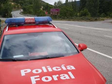 <p>Imagen de archivo de un coche de la Policía Foral.</p>