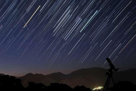 <p>Imagen de archivo de una lluvia de estrellas.</p>