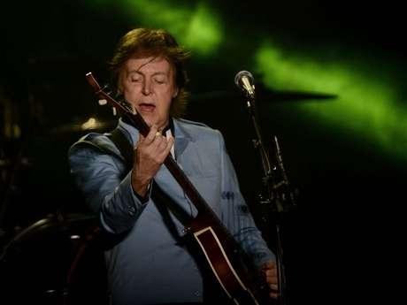 <p>Paul McCartney abriu, na noite deste sábado (4), sua nova turnê mundial, Out There!, com show no estádio do Mineirão, em Belo Horizonte. Simpático, o ex-beatle não decepcionou os fãs, que lotaram o estádio para ouvir grandes clássicos da carreira solo do músico e do quarteto de Liverpool</p>