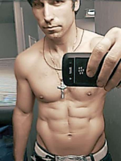 tas gay personals Online personals with photos of single men and women seeking each other for dating, love, and marriage in tasmania.