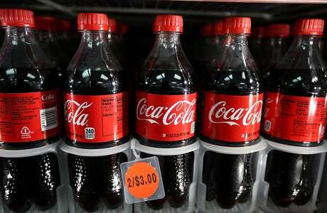 <p>Consumidor teria comprado garrafas contaminadas com rato em 2000, mas Justiça vê indícios de fraude</p>