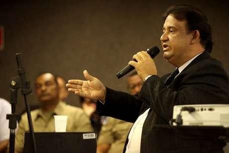 <p>O delegado Antônio Carlos Lessa presta depoimento como testemunha arrolada pelo juiz, em Maceió</p>