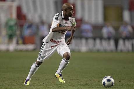 <p>Time paulista voltará a ter camisa toda branca, rejeitando última versão do uniforme reserva</p>
