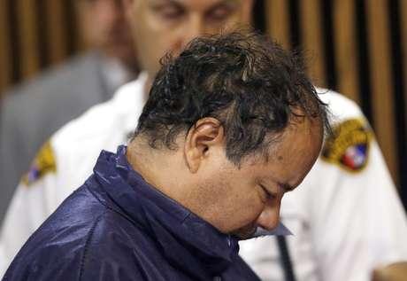 <p>El boricua Ariel Castro aparece en la Corte municipal de Cleveland este jueves para responder por los casos de violación y secuestro de tres mujeres que recuperaron su libertad tras 10 años en cautiverio.</p>