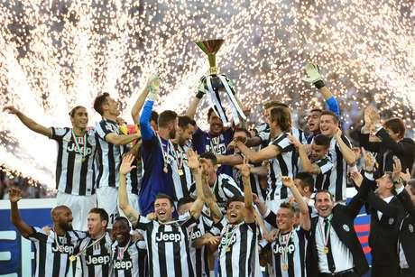 <p>A Juventus, atual campeã da Itália, também é investigada</p>