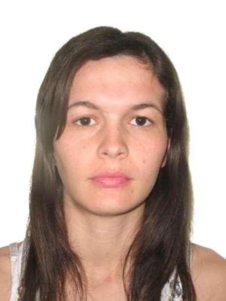Ana Paula morreu prensada no elevador de carga