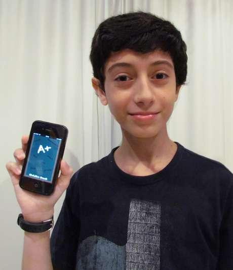 Natan Gorin, 12 anos, criou aplicativo que calcula a nota dos alunos