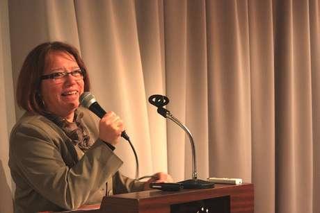 <p>Mónica Xavier, a presidente da Frente Ampla, fala durante evento da coalizão</p>