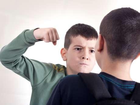Sea el agrado de acoso que se presente, quien padece bullying presenta baja autoestima y sentimiento de minusvalía.