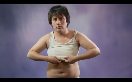 <p>Damián es un transexual y cuya vida cambiará radicalmente.</p>