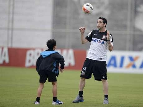 <p>Chicão atualmente está na reserva do Corinthians</p>