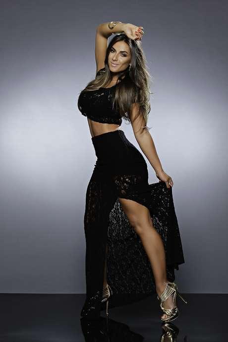 95aac7ee8  p Nicole Bahls estrela nova campanha de inverno da Max ...