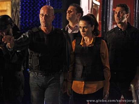 Helô entrará na boate da máfia do tráfico de pessoas na Turquia no último capítulo de 'Salve Jorge'
