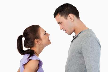 <p>5. Ser necia. Aferrarte a una idea o algo que ya pasó agota cualquier noviazgo. Si algo pasó y crees que debes perdonarlo, hazlo y ya; no te aferres al pasado. Y si no platícalo, pero no te quedes estancada en viejas discusiones o problemas.</p>