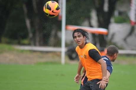 <p>Marcelo Moreno foi mantido entre os reservas do Flamengo</p>