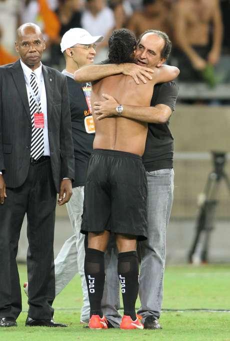 <p>Ronaldinho está sendo acionado pelo Cruzeiro</p>