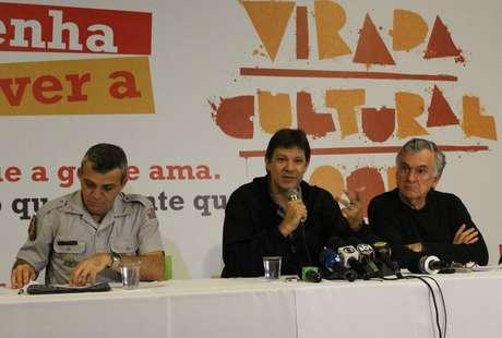 <p>O prefeito de São Paulo, Fernando Haddad, em coletiva na tarde deste domingo (19)</p>